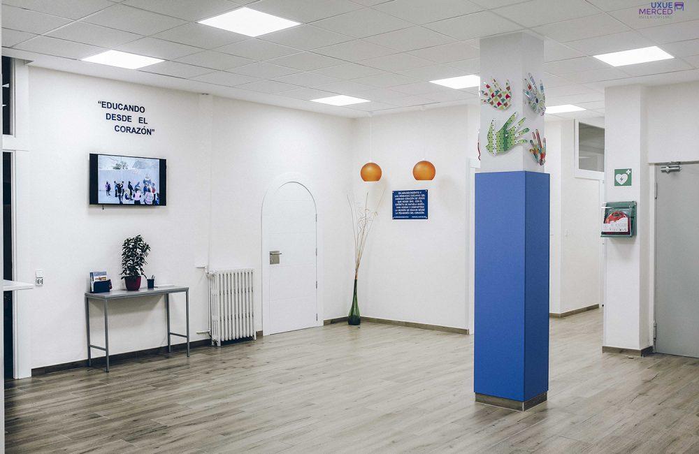 Reforma De Oficinas, Vestíbulo Y Salas De Reuniones En Colegio Esclavas Pamplona